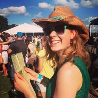 Liz Davies | Social Profile