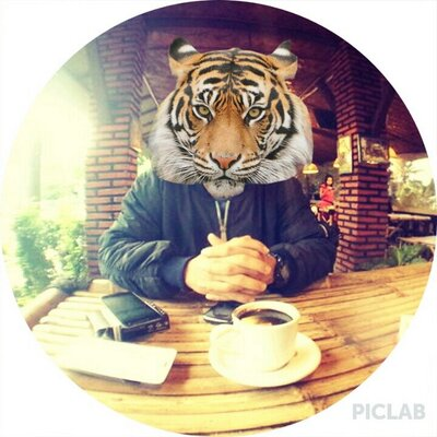 Arizenly Rizka M | Social Profile