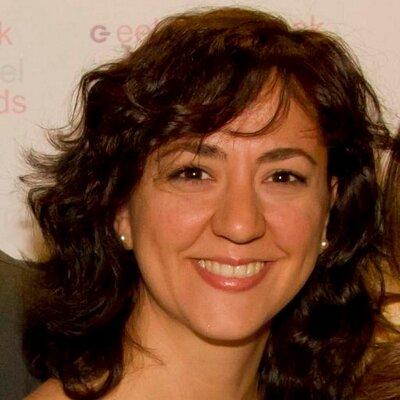 Esther Villanueva | Social Profile