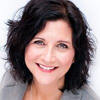 Dahna Weber | Social Profile