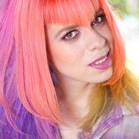 Ana P.   Social Profile