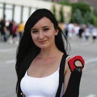 Valerie Hugs | Social Profile