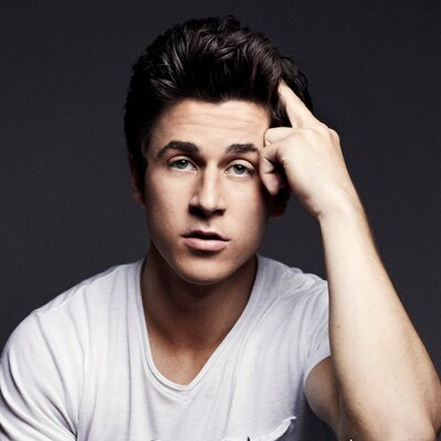 David Henrie | Social Profile
