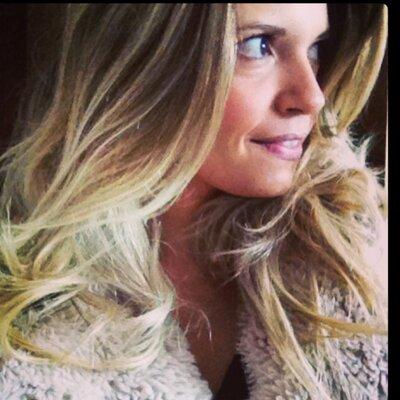 Juliana Midon | Social Profile