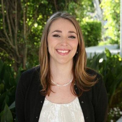 Erin Cox   Social Profile