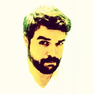 Carlos Peña  | Social Profile