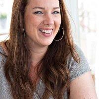 Laura van den Brink | Social Profile