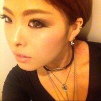 Kaede Komeda   Social Profile