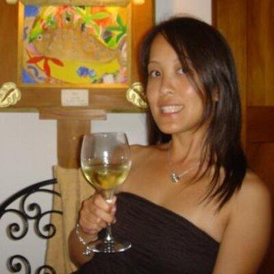 Betty Y. W | Social Profile