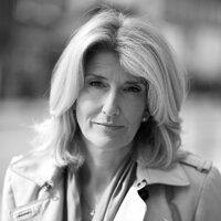 Sandra Hale | Social Profile