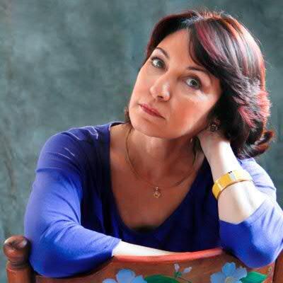 Daína Chaviano Social Profile