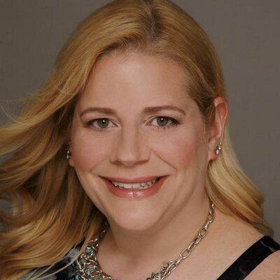 Stephanie J. Geosits | Social Profile