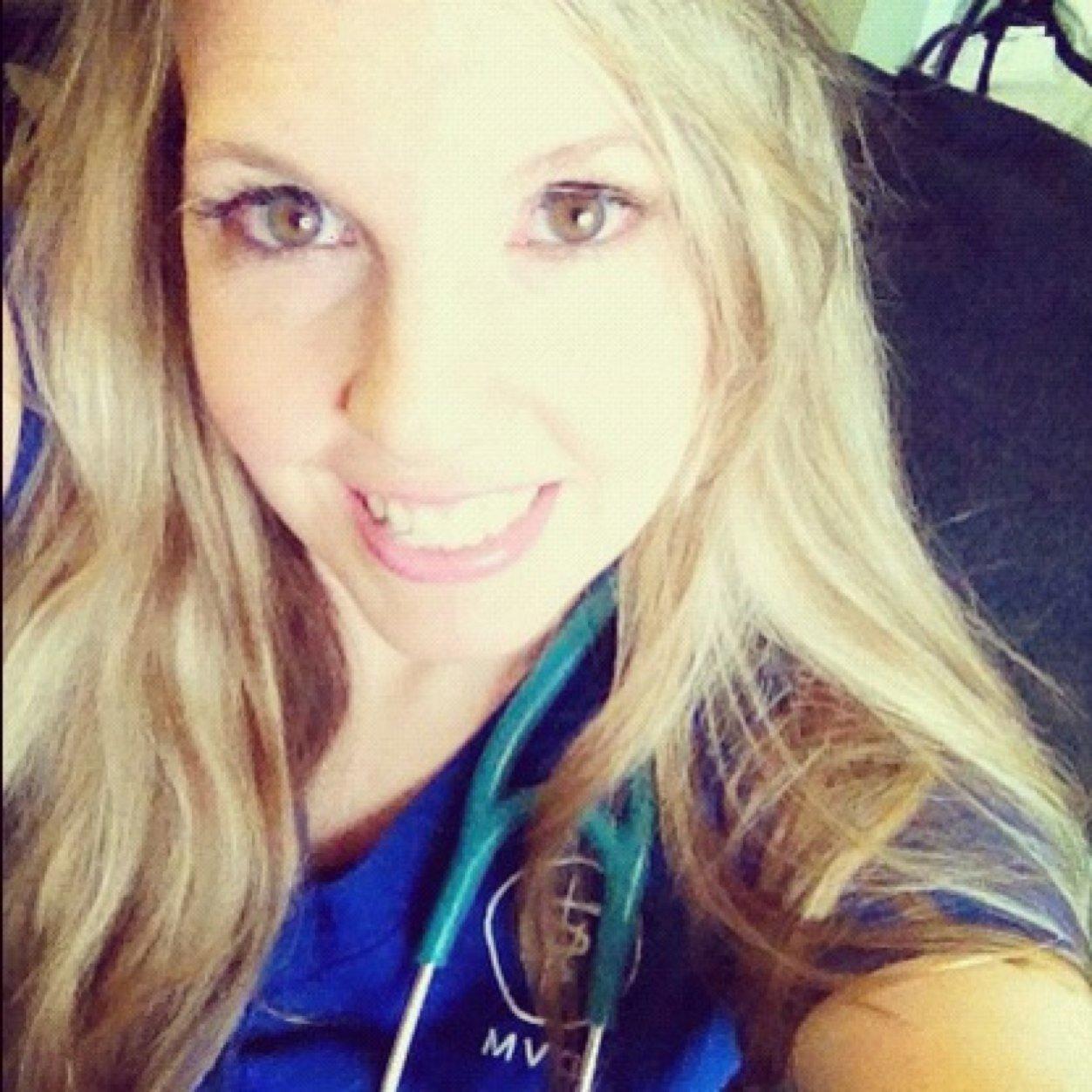Jennifer Thal Social Profile