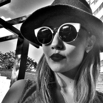 Victoria Garcia ☮ | Social Profile
