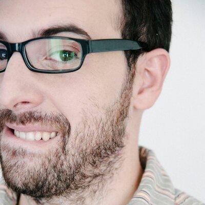 Fernando Maclen | Social Profile