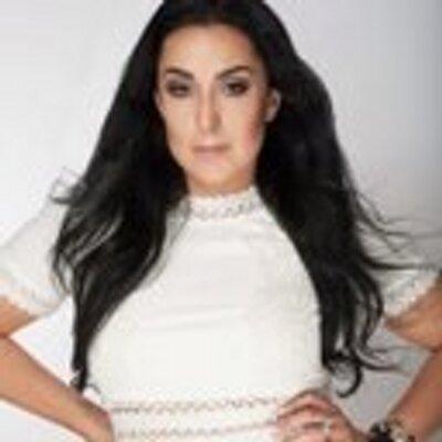 Hasti Kashfia | Social Profile