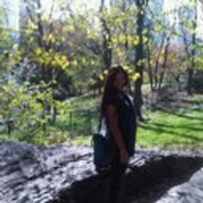 Yasmin Elizalde   Social Profile