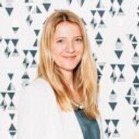 Samantha Howe | Social Profile