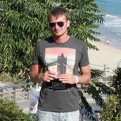 Aleś Čarniakovič | Social Profile