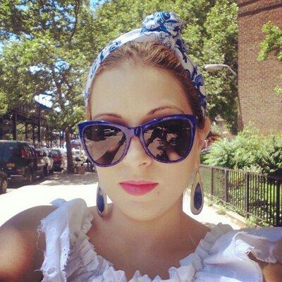 Celia San Miguel | Social Profile