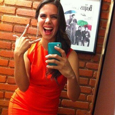 Isaura Rosas | Social Profile