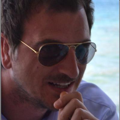 Yiannis Mouzakis | Social Profile