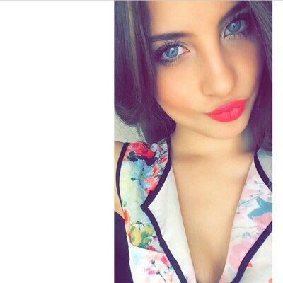 Paola. | Social Profile