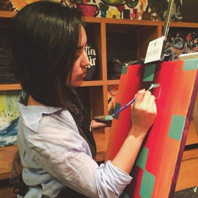 Kristen Uribe | Social Profile