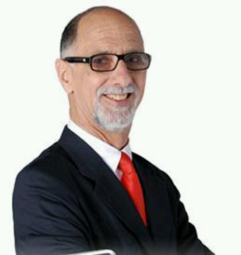 Ernesto Arriaga Social Profile