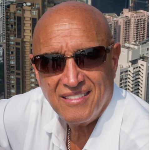 Pedro Torres Social Profile