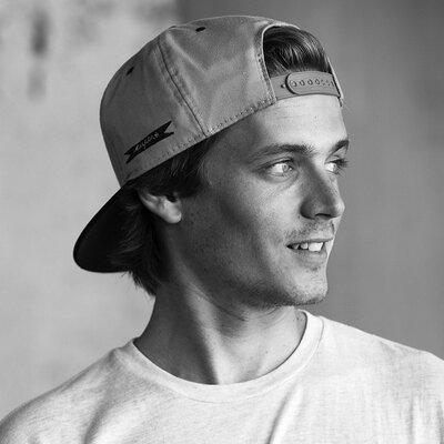 Zach Miller | Social Profile