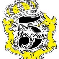 Mrs. Five | Social Profile
