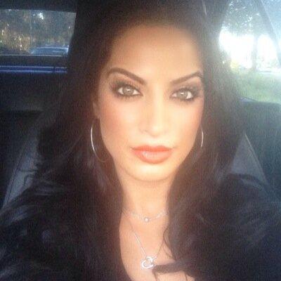 Sheila Bargrizan | Social Profile