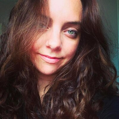 Julie Candelon | Social Profile
