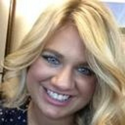 Nicole Bredahl | Social Profile