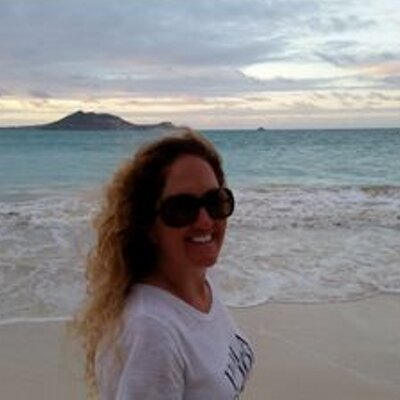 Becca Fitzpatrick | Social Profile