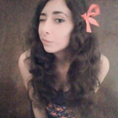 claudia♥ | Social Profile
