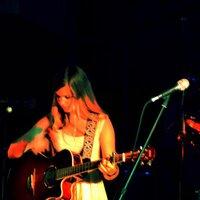 Cynthia Janes | Social Profile