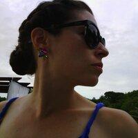 Lauren Miller Rogen | Social Profile