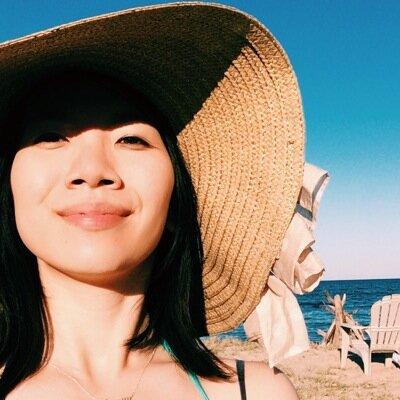 Gloria Huang Social Profile