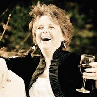 Peggy Nolan | Social Profile