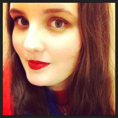 Sara Holcombe   Social Profile