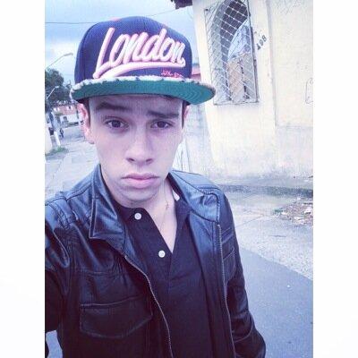 Sr.Almeida  ⚓️ | Social Profile
