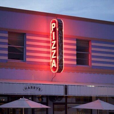 Harry's Pizzeria | Social Profile