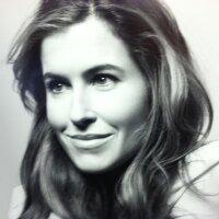 Amy Synnott | Social Profile