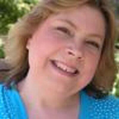 Loretta Sinclair ~ Fictionologist