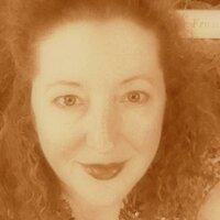 Lynette Kaufer | Social Profile