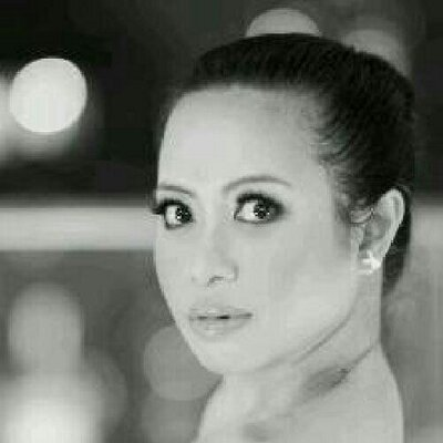 Icha Rahmanti | Social Profile