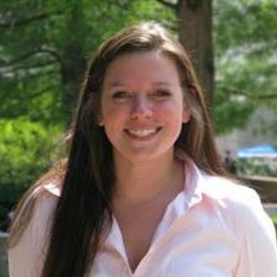 Lauren Poeta | Social Profile