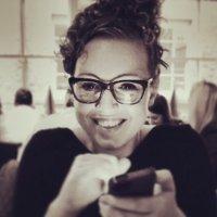 LAURA81 | Social Profile